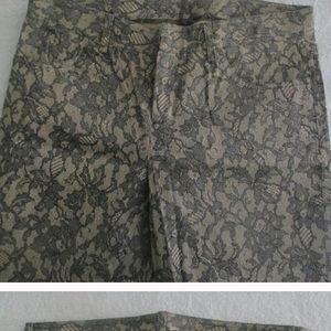 Shelli Segal Black and Tan pants